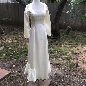 Vintage 50s 60s satin cream simple wedding dress